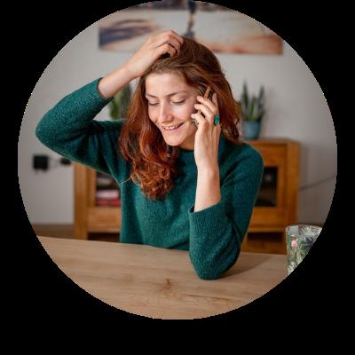 Girl on phone - circle